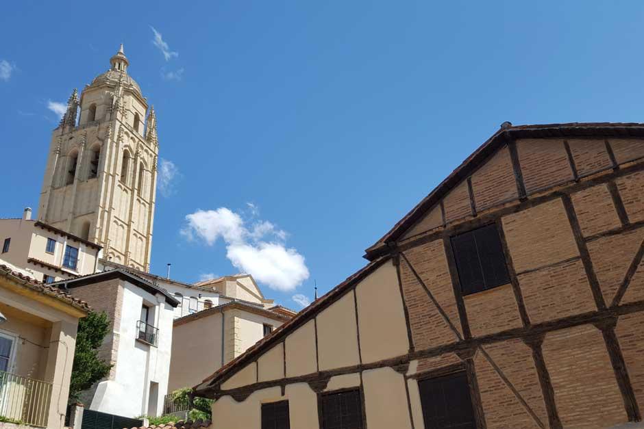"""El viernes 6 de marzo tendrá lugar en Segovia la visita guiada """"Descubre la Judería""""."""