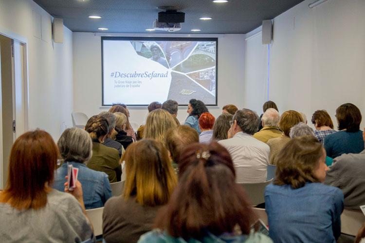 """Evento de presentación de los """"Diarios de Viaje por la Red de Juderías"""" en el Auditorio de B the travel brand, Madrid"""