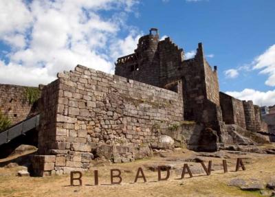 La periodista Nani Arenas nos descubre la herencia judía de Ribadavia en esta entrega de los Diarios de Viaje por la Red de Juderías de España.