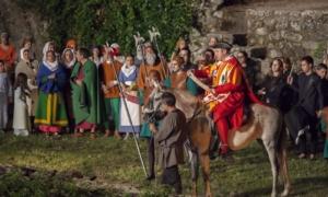 Un año más, Hervás se engalana para festejar su pasado judío con el festival Los Conversos, que en esta su 23ª edición se celebrará del 4 al 7 de julio.