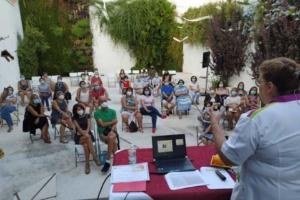 """Parte del proyecto """"Sabores de Sefarad"""" son los talleres de iniciación a la repostería sefardí, impartidos por Abigail Cohen"""