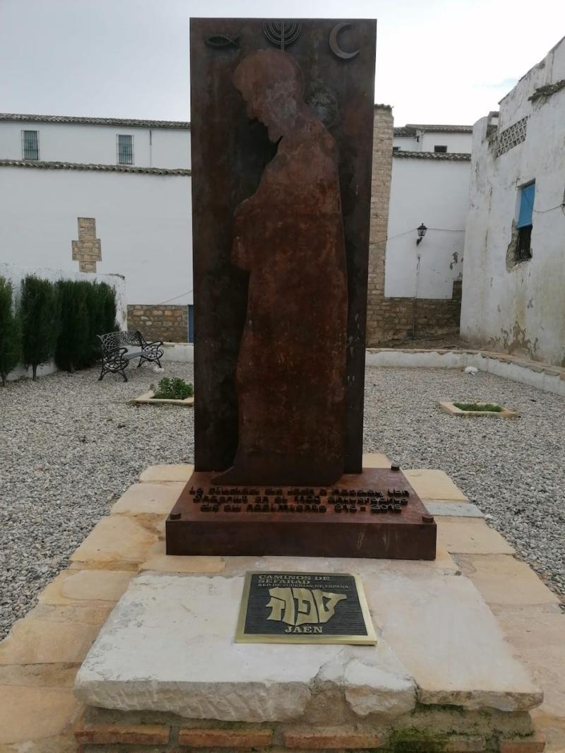 Placa de la Red de Juderías de España en Jaén